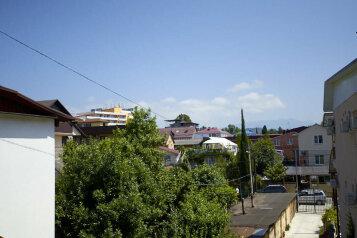 Гостевой дом в центре Адлера, улица Богдана Хмельницкого, 55-б на 6 номеров - Фотография 3