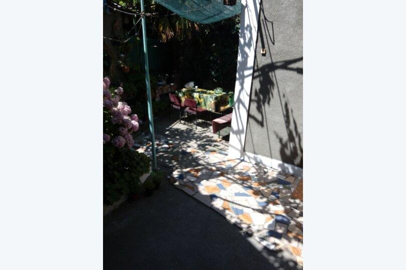 Итальянский дворик посуточно, улица Водовозовых, 9 на 3 номера - Фотография 23