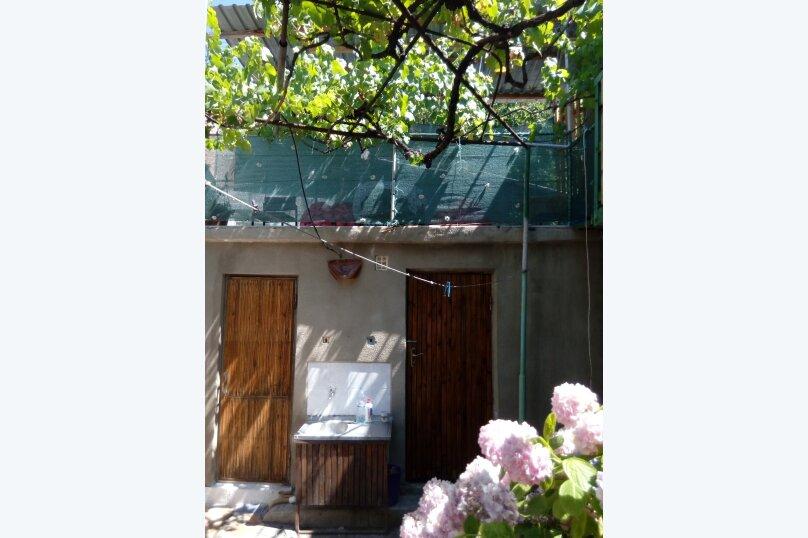 Итальянский дворик посуточно, улица Водовозовых, 9 на 3 номера - Фотография 8