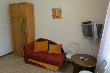 Дом в Евпатории, 28 кв.м. на 4 человека, 1 спальня, улица Пушкина, 57, Евпатория - Фотография 1