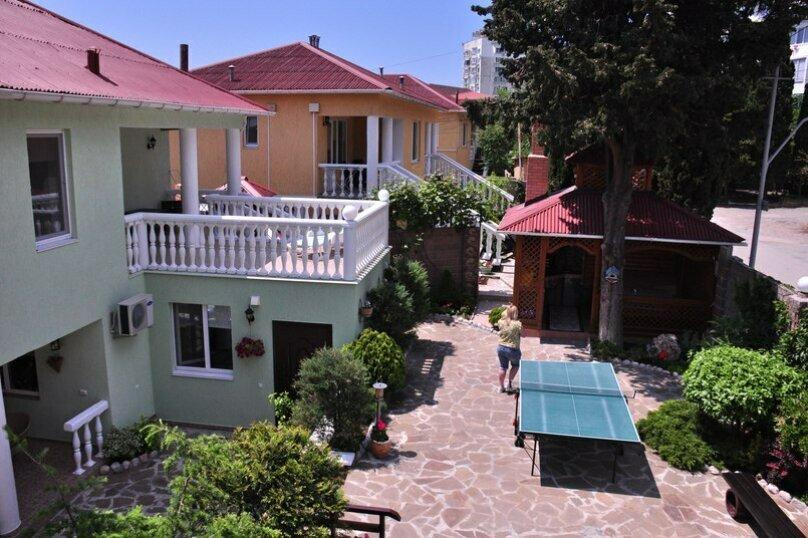 """Апартаменты """"Shangri-la"""", улица Терлецкого, 18 на 13 номеров - Фотография 1"""