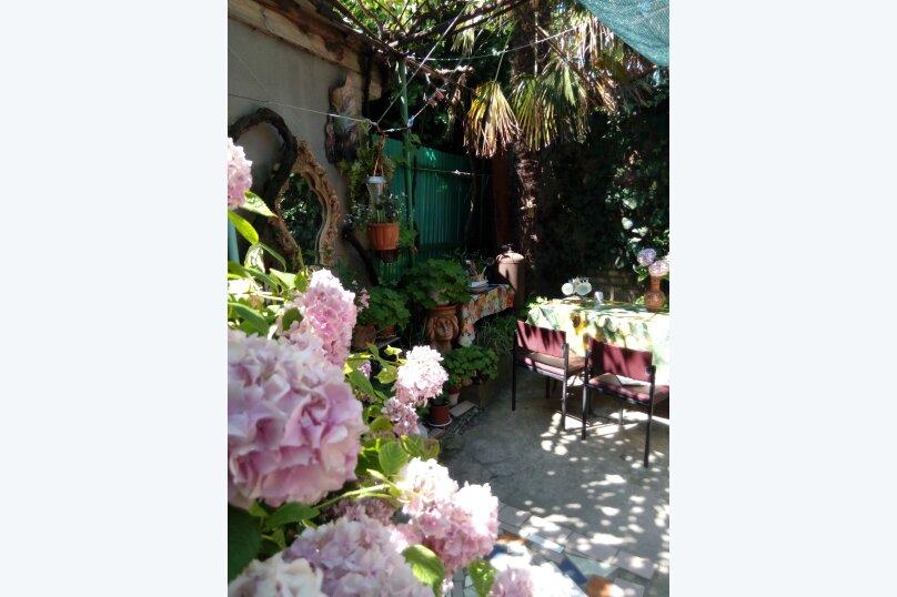 Итальянский дворик посуточно, улица Водовозовых, 9 на 3 номера - Фотография 3