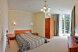 Двухкомнатные апартаменты полулюкс с балконом, Алупкинское шоссе, 12В, Курпаты, Ялта с балконом - Фотография 1