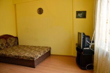 1-комн. квартира, 35 кв.м. на 3 человека, улица Куйбышева, 10, Ялта - Фотография 3
