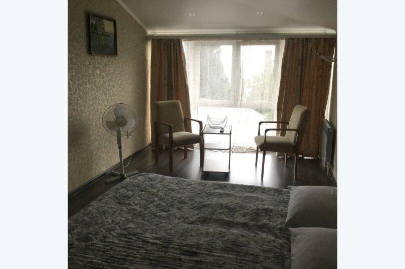 Отдельная комната, улица Вагулы, 4, Гурзуф - Фотография 1