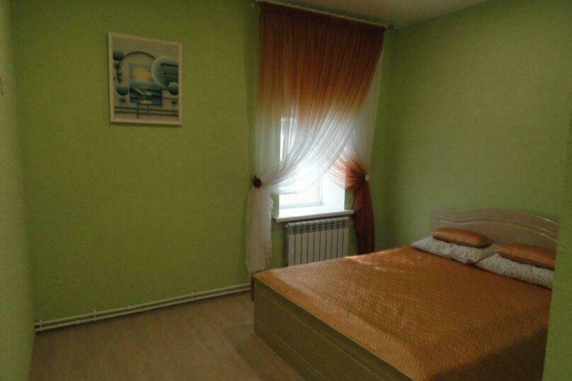 """Гостевой дом """"Жили были"""", улица Щетинина, 66 на 2 комнаты - Фотография 13"""