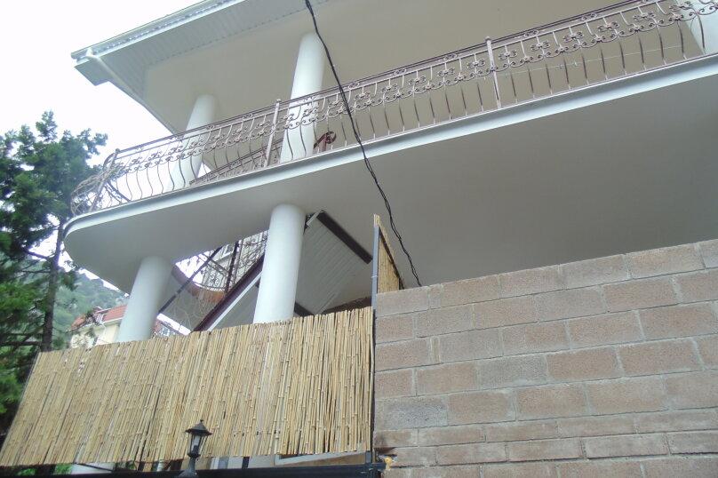 """Гостевой дом """"На Красномаякской 9"""", Красномаякская улица, 9 на 12 комнат - Фотография 1"""