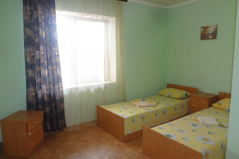 Гостиница 662532, Озерная, 19 на 40 комнат - Фотография 7