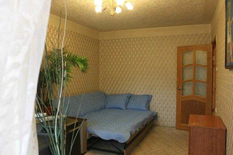2-комн. квартира, 42 кв.м. на 5 человек, Павлова, 77, Лазаревское - Фотография 1