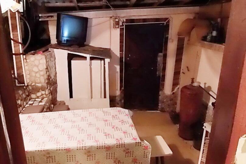 Эконом дворик из СССР, 15 кв.м. на 4 человека, 1 спальня, улица Ленина, 130, Коктебель - Фотография 37