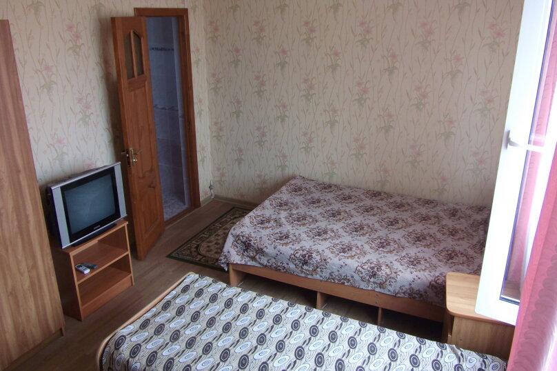 Гостиница 663219, улица Толстого, 18 на 11 комнат - Фотография 2