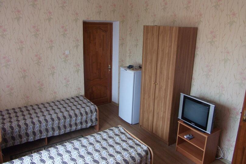 Гостиница 663219, улица Толстого, 18 на 11 комнат - Фотография 4