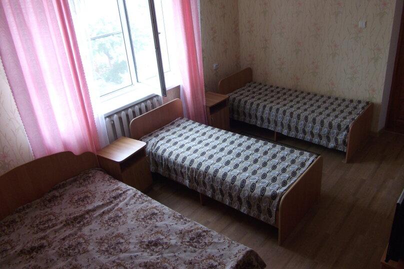 Гостиница 663219, улица Толстого, 18 на 11 комнат - Фотография 5