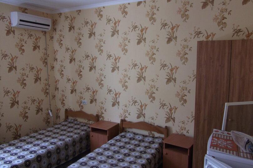 Отдельная комната, улица Толстого, 18, Витязево - Фотография 1