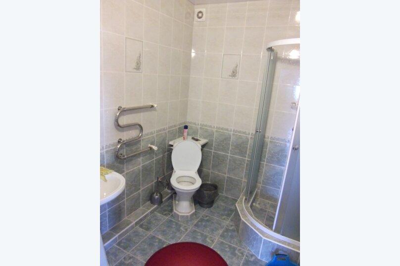 Гостиница 663219, улица Толстого, 18 на 11 комнат - Фотография 12