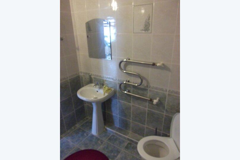 Гостиница 663219, улица Толстого, 18 на 11 комнат - Фотография 13