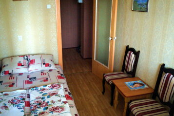 3-комн. квартира на 9 человек, улица Нахимова, 19, поселок Орджоникидзе, Феодосия - Фотография 2