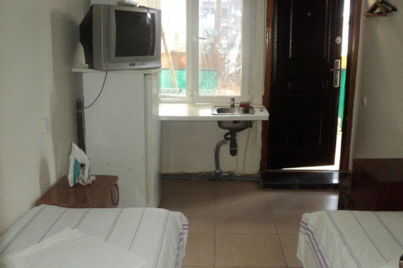 2-х местный с отдельной мини-кухней, Астраханская улица, 100, Анапа - Фотография 5
