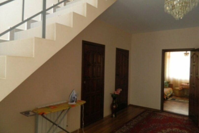 "Гостевой дом ""На Камо 7"", улица Камо, 7 на 10 комнат - Фотография 8"