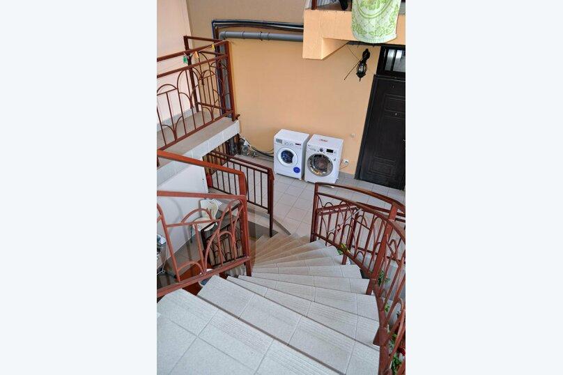 """Гостевой дом """"Лиана"""", Взлётная улица, 2 на 15 комнат - Фотография 5"""