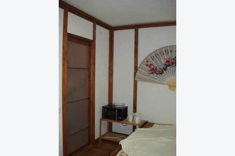 комната, улица Володарского, 10 лит. Я, Ялта - Фотография 4