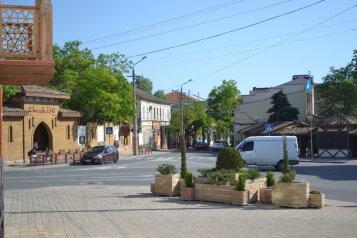 Мини-отель, улица Караева, 16 на 6 номеров - Фотография 2