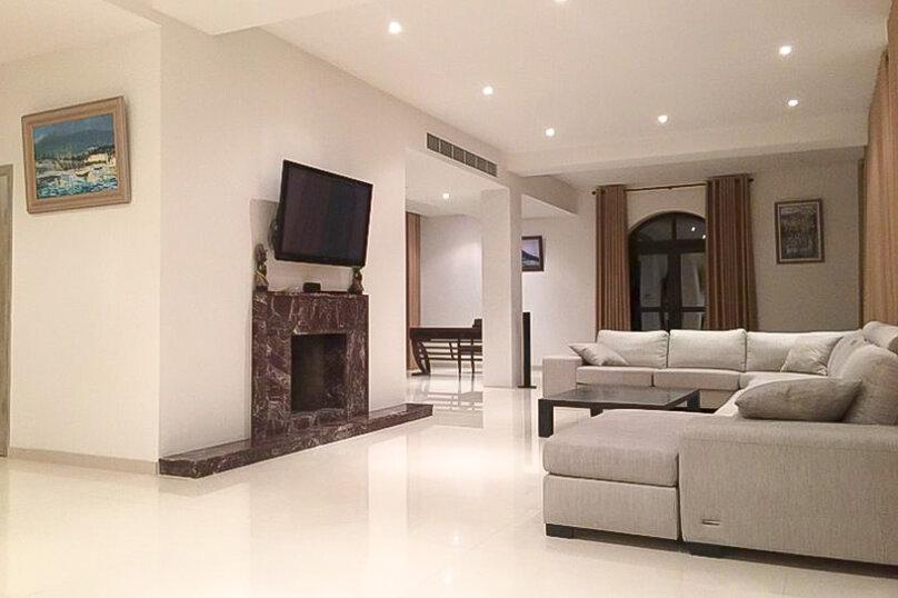 Вилла 2-х этажная (5 спален), 506 кв.м. на 10 человек, 5 спален, Ялтинское шоссе, 50А, Гурзуф - Фотография 36