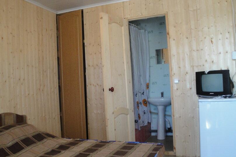 """Гостевой дом """"Оазис у моря"""", улица набережная, 9а на 32 комнаты - Фотография 2"""