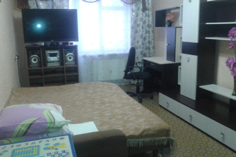 2-комн. квартира, 49 кв.м. на 4 человека, улица Голицына, 30, Судак - Фотография 1