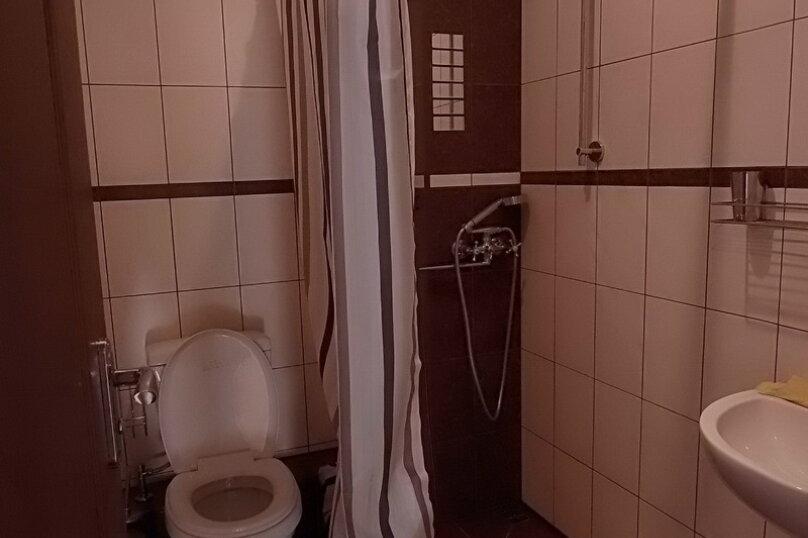 """Гостевой дом """"На Жуковского 14"""", улица Жуковского, 14 на 1 комнату - Фотография 43"""