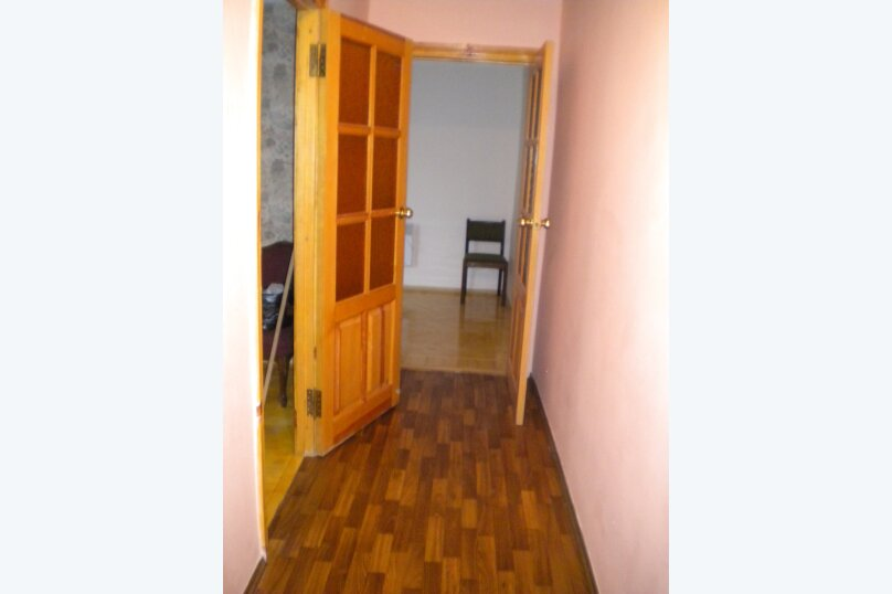 2-комн. квартира, 65 кв.м. на 4 человека, Алупкинское шоссе, 4, Ялта - Фотография 3