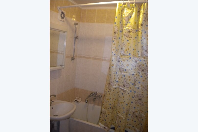 2-комн. квартира, 65 кв.м. на 4 человека, Алупкинское шоссе, 4, Ялта - Фотография 6