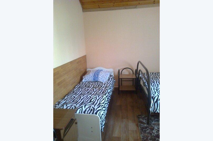 Комнаты для летнего отдыха с удобствами, улица Тургенева, 261 А/2 на 4 комнаты - Фотография 41