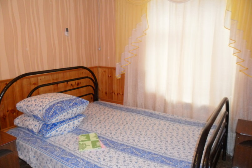 Комнаты для летнего отдыха в частном доме, Трудящихся, 13 на 4 комнаты - Фотография 4