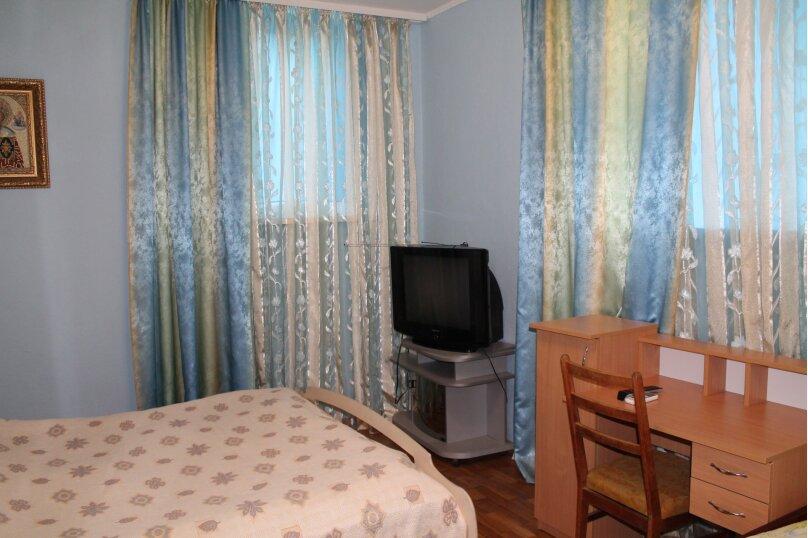Дом на 5 человек, 1 спальня, Комсомольская площадь, 3, Алушта - Фотография 5