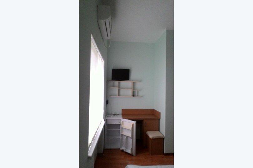 """Гостиница """"На Винодела Егорова 5А"""", улица Винодела Егорова, 5А на 3 комнаты - Фотография 18"""