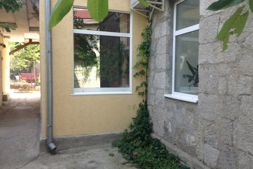 2-комн. квартира, 32 кв.м. на 3 человека, улица Космонавтов, 14, Форос - Фотография 3