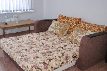 Комфортабельный коттедж, 70 кв.м. на 9 человек, 4 спальни, Людмилы Бобковой, Севастополь - Фотография 3