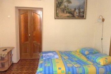 2-комн. квартира, 32 кв.м. на 3 человека, улица Космонавтов, Форос - Фотография 1