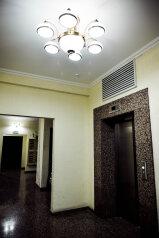 1-комн. квартира, 70 кв.м. на 4 человека, улица Малыгина, Тюмень - Фотография 3
