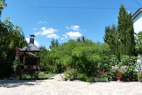 Гостевой дом, СОТ Садовод  (вблизи ул. Морская), 92 на 12 номеров - Фотография 1