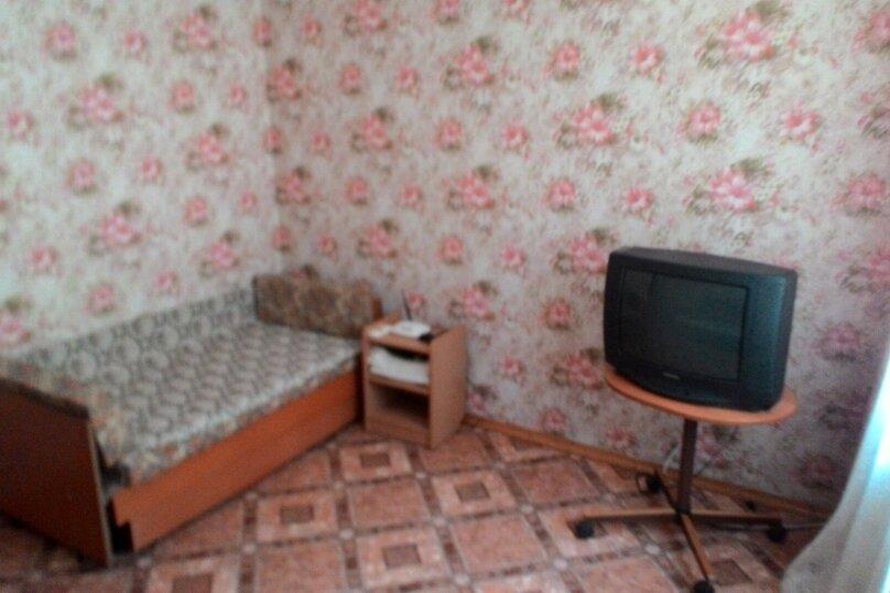 2-комн. квартира, Октябрьская улица, , Алушта - Фотография 3