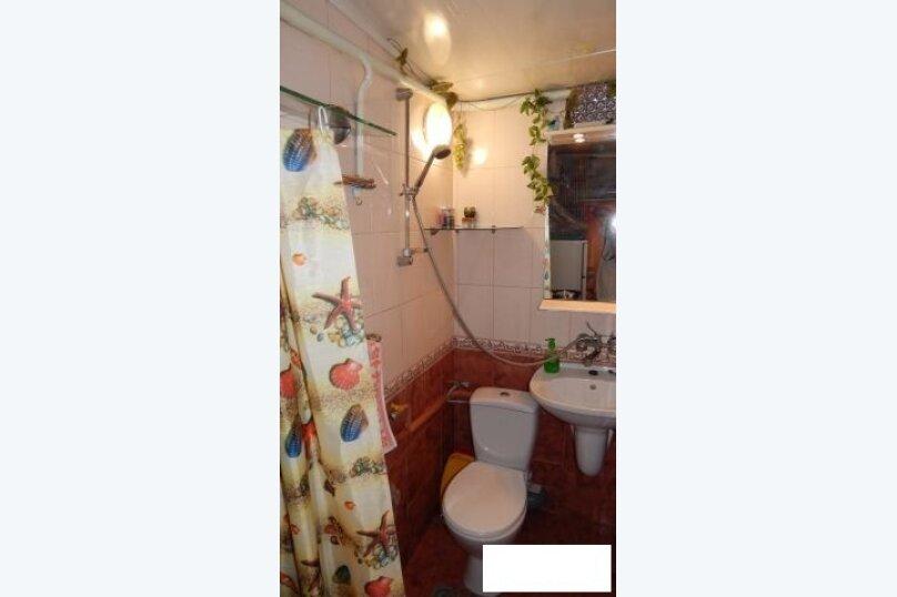 Дом , первый этаж, 26 кв.м. на 2 человека, 1 спальня, улица Пуцатова, 10, Алушта - Фотография 3