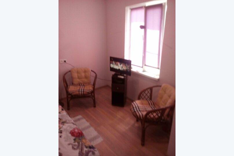 Дом, второй этаж, 35 кв.м. на 4 человека, 2 спальни, Десантная, 23 б, Геленджик - Фотография 1