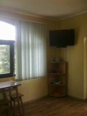 Домик-номер на троих!!!, 30 кв.м. на 3 человека, 1 спальня, улица Стамова, Феодосия - Фотография 1