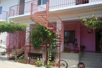 Гостевой дом , улица Султана Амет-Хана, 38 на 5 номеров - Фотография 1