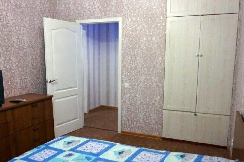 3-комн. квартира, 54 кв.м. на 6 человек, проспект Октябрьской Революции, 25, Севастополь - Фотография 2