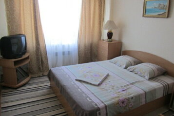 3-комн. квартира, 80 кв.м. на 4 человека, улица Генерала Бирюзова, 58, Судак - Фотография 2