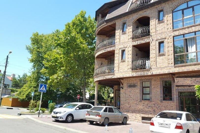 """Отель """"LaManche"""", Новороссийская улица, 77 на 25 комнат - Фотография 2"""