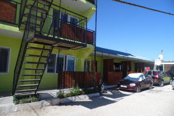 Гостевой дом, улица Султана Амет-Хана, 4 на 8 номеров - Фотография 1